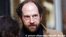 French writer Olivier Guez at the restaurant Drouant in Paris, France on November 6, 2017. Olivier Guez wins the Renaudot prize for his novel 'ÄòLa Disparition de Josef Mengele'Äô, or 'ÄòThe Disappearance of Josef Mengele'Äô. The Renaudot prize while not officially related to the Prix Goncourt, is a kind of complement to it, announcing its laureate at the same time and place as the Prix Goncourt, namely on the first Tuesday of November at the Drouant restaurant in Paris. (Photo by Michel Stoupak/NurPhoto) | Keine Weitergabe an Wiederverkäufer.