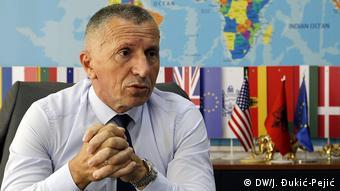 Serbien Reportage aus dem Preševo-Tal   Shaip Kamber, Bürgermeister von Bujanovac (DW/J. Đukić-Pejić)