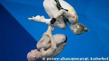 Europameisterschaft Schwimmen UK Florian Fandler Christina Wassen (picture-alliance/empics/I. Rutherford)