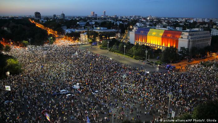 Rumänien Großkundgebung in Bukarest