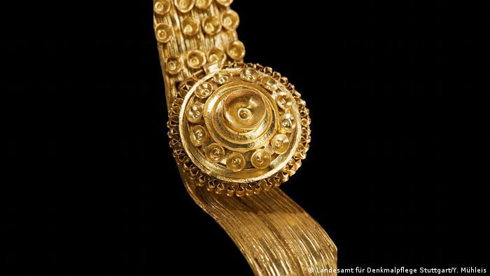 Golden jewelry (Landesamt für Denkmalpflege Stuttgart/Y. Mühleis)