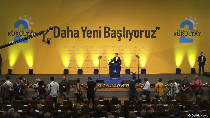 Außerordentlicher Parteitag der IYI-Partei in der Türkei