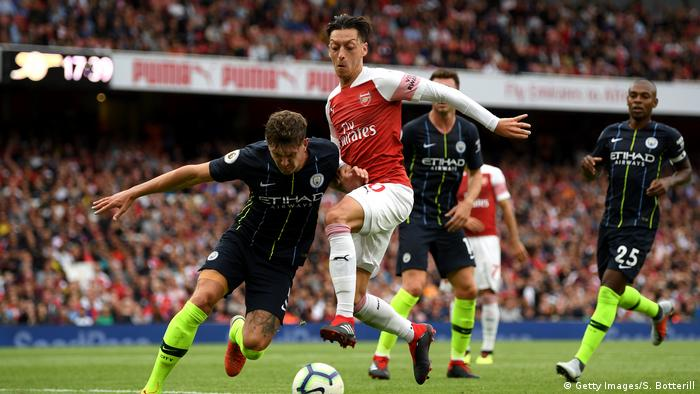 Fußball Arsenal FC Manchester City Mesut Özil (Getty Images/S. Botterill)