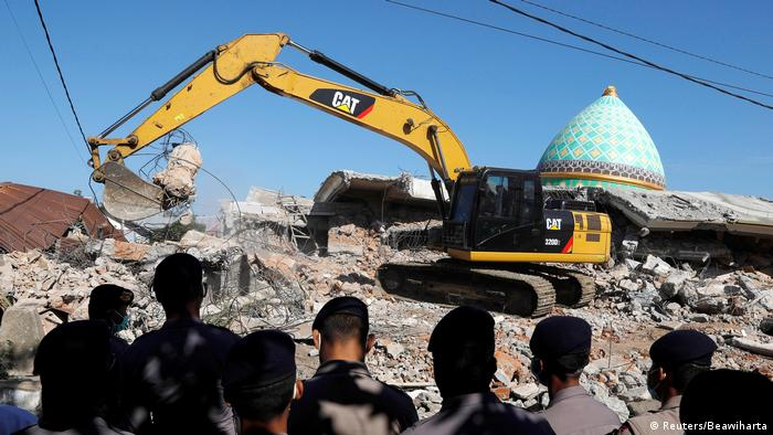 Indonesien Lombok - Schäden nach Erdbeben (Reuters/Beawiharta)