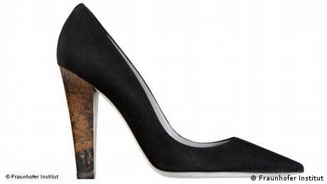 A pump with a heel made of bioplastics (Fraunhofer Institut)