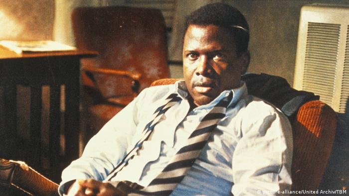 Sidney Poitier in In the Heat of the Night (picture-alliance/United Archiv/TBM)
