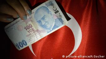 H τουρκική λίρα είχε διπλάσια αξία πριν 4 χρόνια