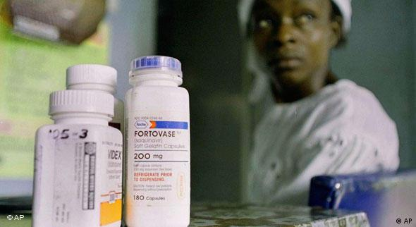 Esther Babalola HIV/AIDS in Sagamu, Nigeria, Medikamente