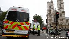 UK Police cordon off Parlament Square in Westminster following vehicle attack (Reuters/H. McKay)