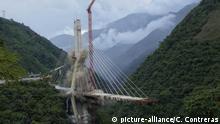 Kolombien, Bogota: Abriss Chirajara Brücke