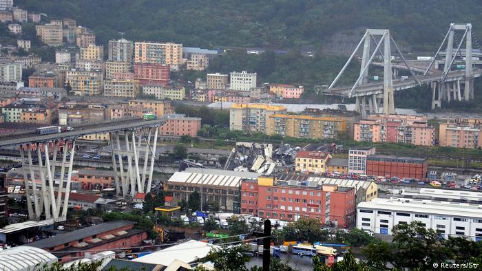 Italien Genua | Einsturz Autobahnbrücke Morandi | Rettungsarbeiten (Reuters/Str)