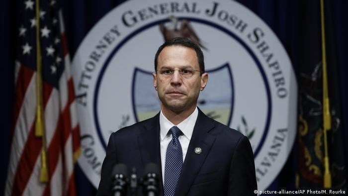 Pennsylvania Attorney General Josh Shapiro announces the grand jury findings (picture-alliance/AP Photo/M. Rourke)
