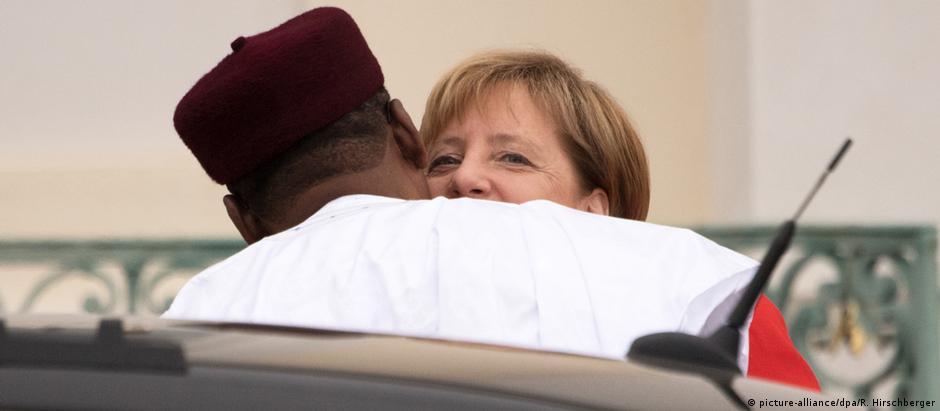 Για το προσφυγικό η Μέρκελ στην Αφρική