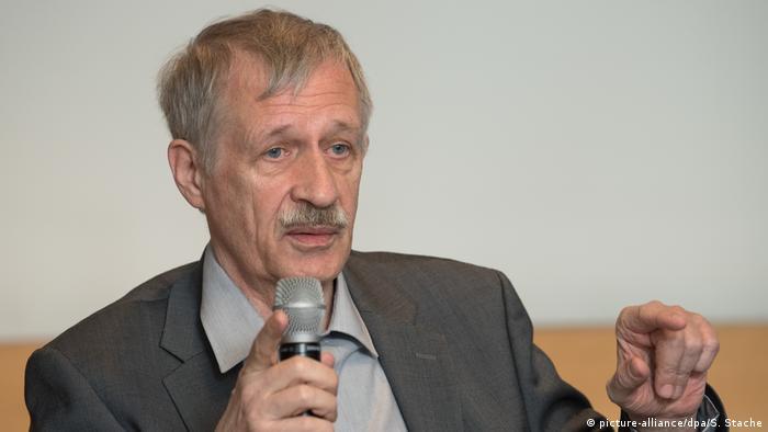 Manfred Protze
