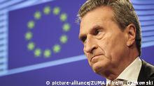 10.01.2018 ARCHIV - 10.01.2018, Belgien, Brüssel: EU-Kommissar Günther Oettinger. Oettinger hat Kritik an der europapolitischen Positionierung von SPD-Politikern geübt. (zu dpa «Oettinger sieht eklatanten Widerspruch bei SPD-Politikern» vom 29.05.2018) Foto: Wiktor Dabkowski/ZUMA Wire/dpa +++(c) dpa - Bildfunk+++ |