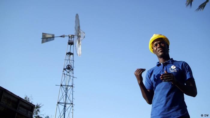 Windkraft stärkt die Energieversorgung in Tansania (DW)