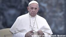 Papst Franziskus (picture-alliance/dpa/S. Spaziani)