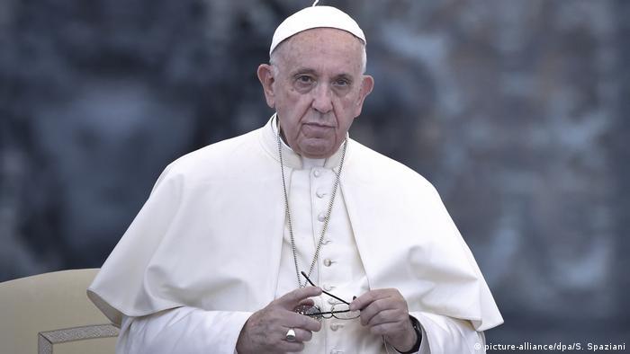 Папа Римський Франциск засудив насильство над жінками у католицькій церкві