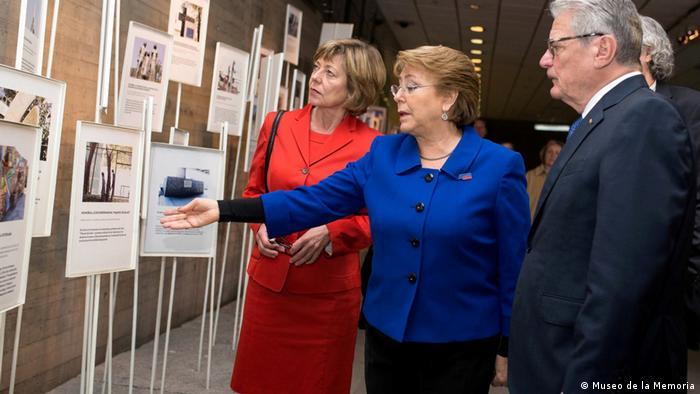 Gauck y Bachelet en Museo de la Memoria, Santiago de Chile