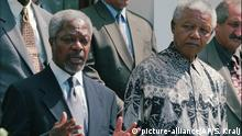 March 20, 1997 United Nations General Secretary Kofi Annan, left and Nelson Mandela, during a news briefing in Cape Town Thursday March 20, 1997. Annan is on the first leg of an African visit, his first as U. N. Secretary General, to discuss the conflict situations in Zaire and Angola. (AP Photo / Sasa Kralj) |