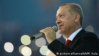 Από τμήμα της αντιπολίτευσης ο Ερντογάν δεν είναι ευπρόσδεκτος στη Γερμανία