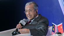 Mahathir Mohamad besucht China