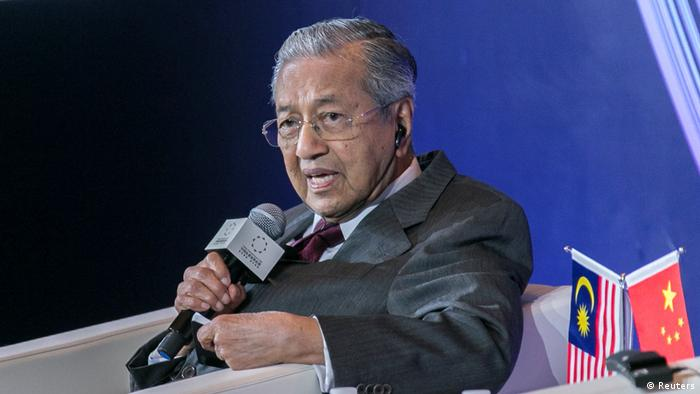 Mahathir Mohamad besucht China (Reuters)