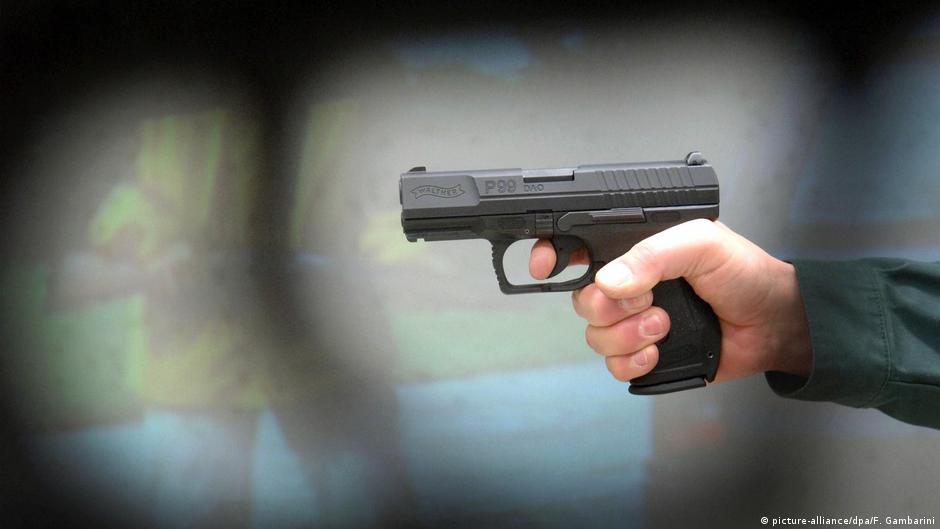槍枝是每年全球約25萬人的死因,死在槍口下的人年年上升