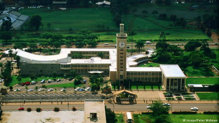 Parlamentsgebäude Kenia (Imago/Peter Widman)