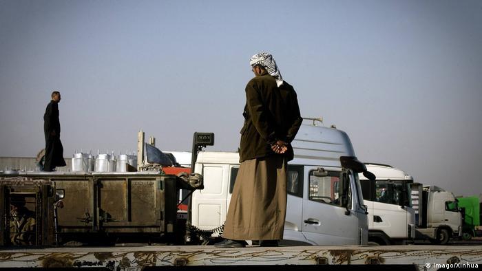 Важливі торговельні партнери: вантажівки з іранськими товарами на кордоні з Іраком