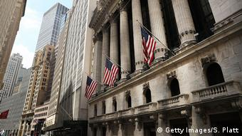 USA Finanzkurs - Wall Street in New York (Getty Images/S. Platt)