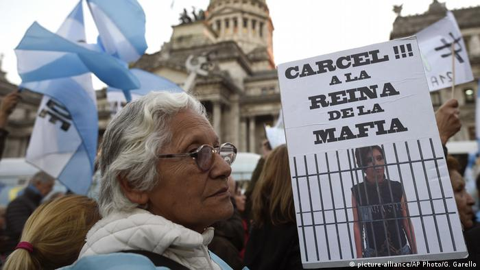 Argentinien Proteste (picture-alliance/AP Photo/G. Garello)