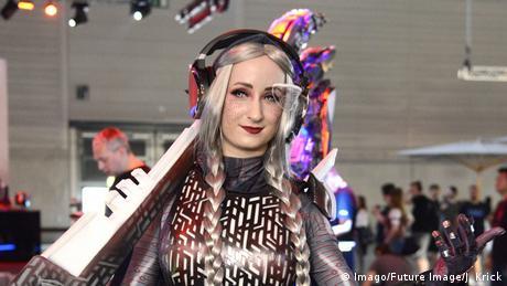 Warto zajrzeć do cosplayowej części targów. Każdy może się zgłosić z własnym kostiumem do specjalnego konkursu cosplay i w ostatnim dniu targów zaprezentować publiczności.