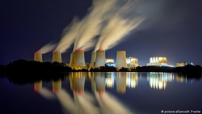 Вугільна електростанція у Єншвальде