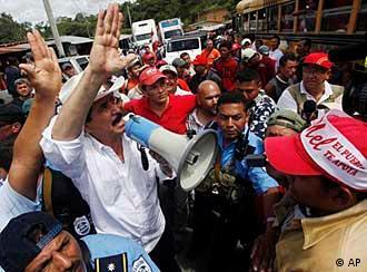 Honduras Ex-Präsident Manuel Zelaya(Foto: AP)