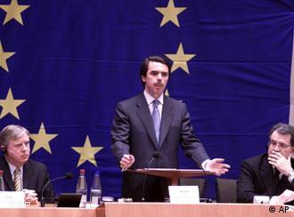O primeiro-ministro espanhol José Maria Aznar tem ambições na UE