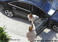 Carro oficial de la ministra de salud germana, robado ayer en España.