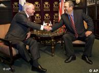 تصویری از دیدار روز دوشنبه رابرت گیتس و اهود باراک