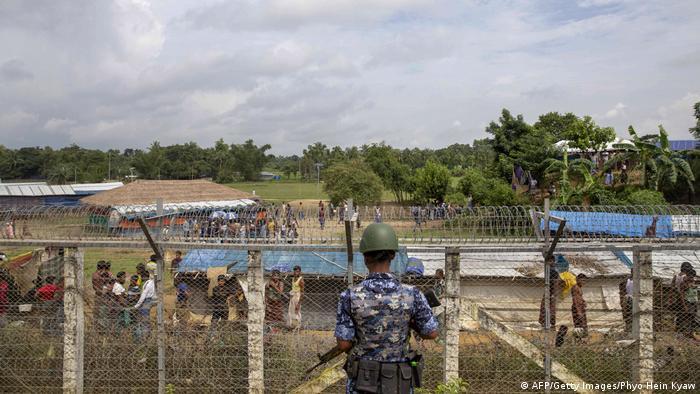 Geflüchtete Rohingya im Grenzland zwischen Myanmar und Bangladesch (AFP/Getty Images/Phyo Hein Kyaw)