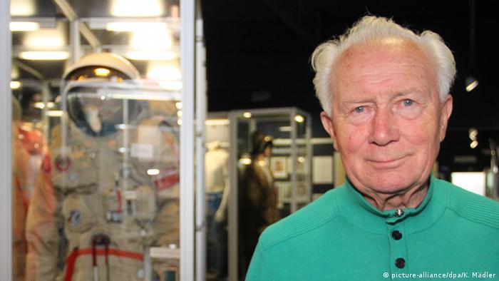Kosmonaut Sigmund Jähn (picture-alliance/dpa/K. Mädler)