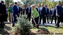 Armenien - Bundeskanzlerin Angela Merkel besucht Gedenkstätte Tsitsernakaberd