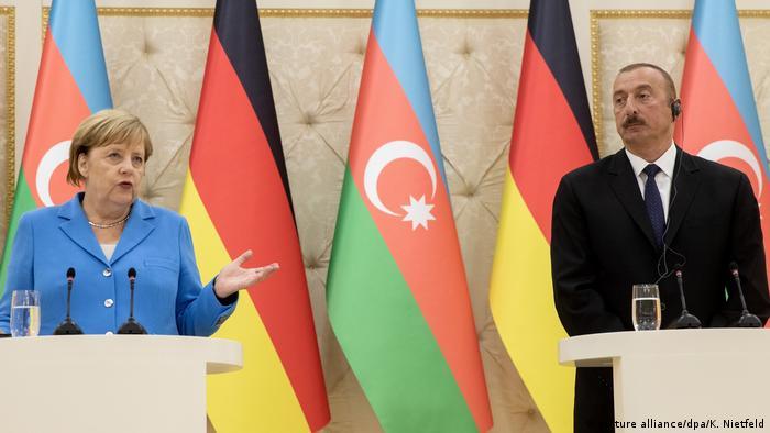 Angela Merkel and Ilham Aliyev in Baku
