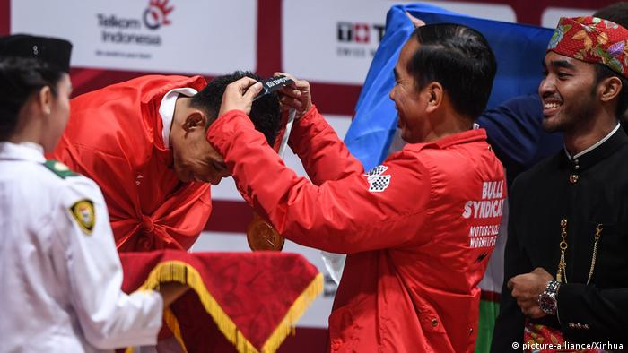 2018 Asian Games Eko Yuli Irawan (picture-alliance/Xinhua)