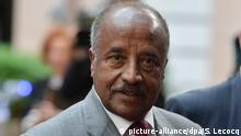 epa04152119 The Minister for Foreign Affairs of Eritrea, Osman Saleh Mohammed, arrives at the fourth EU-Africa Summit of Heads of States at the European Council headquarters in Brussels, Belgium, 03 April 2014. Discussions at the summit will focus on the theme 'Investing in People, Prosperity and Peace'. Topics will include education and training, women and youth, legal and illegal migrant flows between both continents, ways to stimulate growth and to create jobs, investing in peace and in ways to enhance EU support for African capacities in managing security in the continent. EPA/Stephanie Lecocq |