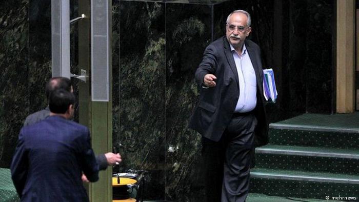 Iranischer Ökonom und der Finanzminister der Regierung Rohani in der zweiten Amtszeit (mehrnews)