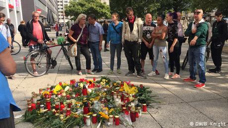 Pro Chemnitz Demo gegen Migranten (DW/B. Knight)