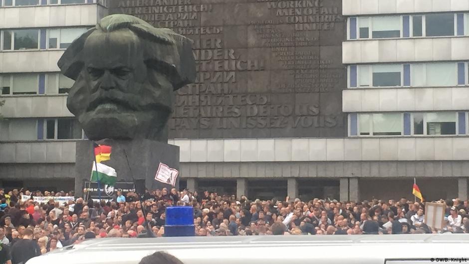 Midis kufijve të Gjermanisë së ndarë   takime me protestues ultra të djathtë