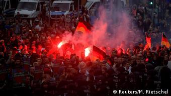 Deutschland Demonstration der rechten Szene in Chemnitz (Reuters/M. Rietschel)