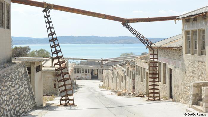 Prazan, zaboravljen, devastiran - Goli otok danas