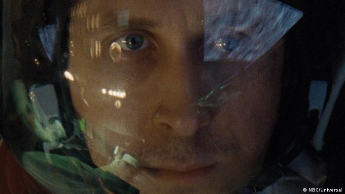 Кадр из фильма First Man